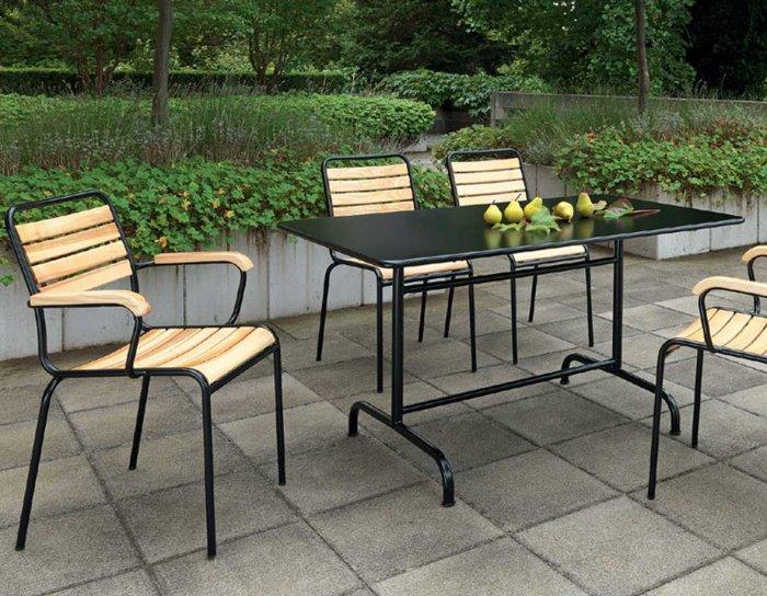 gartenmoebel tisch rigi ch hobi wohnschreinerei ag. Black Bedroom Furniture Sets. Home Design Ideas